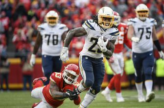 Photo of Melvin Gordon using lessons of holdout as motivation in 2020