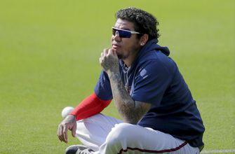 Photo of Braves' Felix Hernandez opts out of season due to pandemic