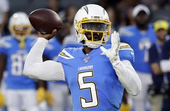 Photo of Chargers' Tyrod Taylor maintains same mentality as starter
