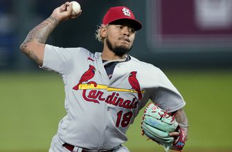 Photo of Martínez struggles as Cardinals fall 12-3 to Royals in I-70 Series finale
