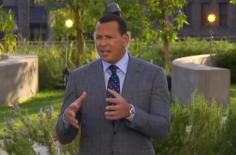 Photo of Alex Rodriguez reacts to the Dolphins' decision to play Tua Tagovailoa over Ryan Fitzpatrick