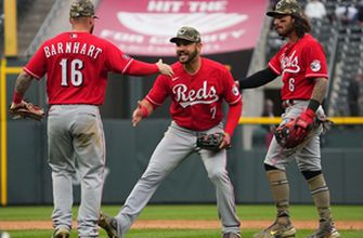 Photo of Reds overcome 6-1 eighth-inning deficit to stun Rockies, 7-6
