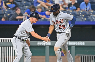 Photo of Niko Goodrum homers, drives in three runs in Tigers' dominant 10-3 win over Royals