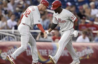Photo of Phillies ride four-run ninth inning to 6-5 win over Nationals