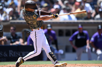Photo of Ha-Seong Kim goes two-for-three with a homer, Padres dismantle Rockies, 8-1