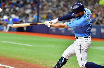 Photo of Brandon Lowe's two-run blast propels Rays to 3-2 win over Red Sox